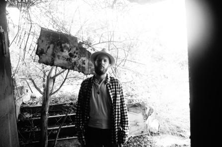 sven humm paramount park black and white wardrobe